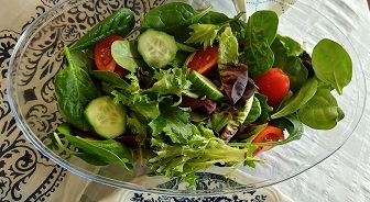 Garden Salad & Dressing 4-6 Servings